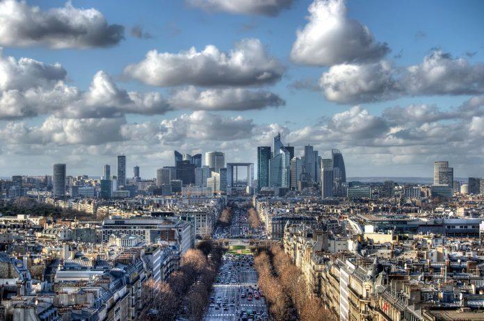 парижский район Дефанс