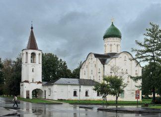 Церковь Федоро - Стратилата на ручью