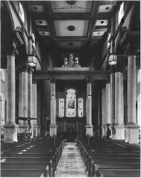Проекты лондонских церквей Хоксмура, мастера английского барокко, работавшего с Геном и Ванбру