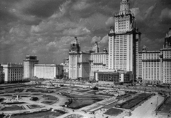 Архитектура жилых комплексов Москвы