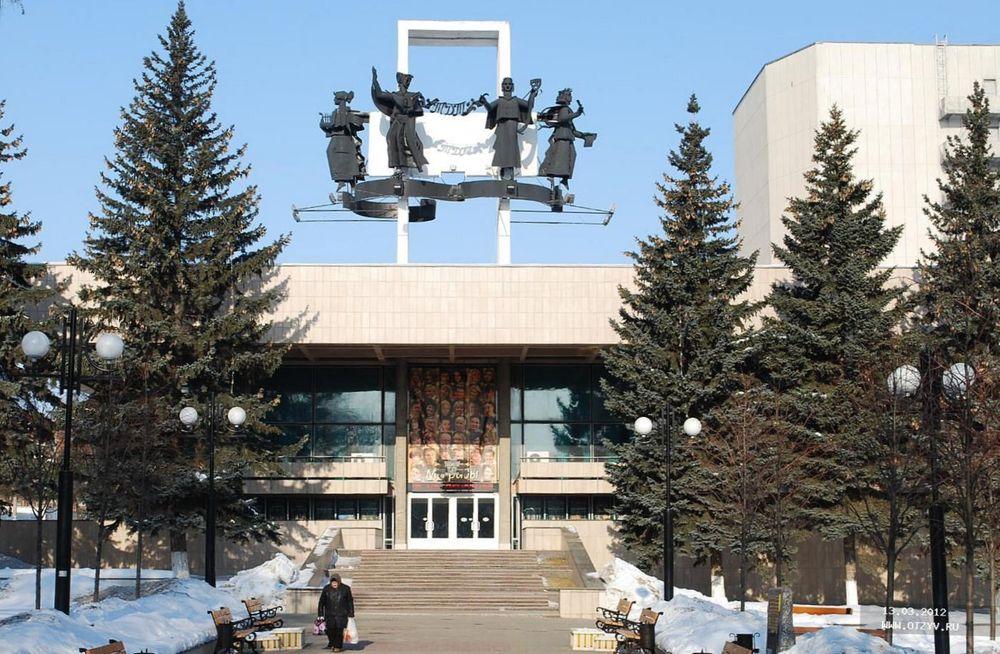 здание Тульского драматического театра