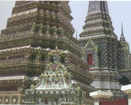 Состояние памятников архитектуры часто не дает ни малейшего повода говорить о них как руинах